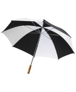 dežnik z lesenim ročajem