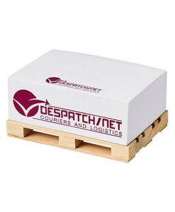 kocka z lističi na paleti 2123200 (1)