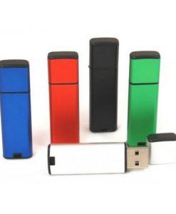 USB z gravuro