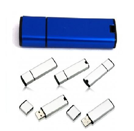 kovinski USB